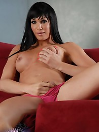 Hot brunette Jonelle playing with herself