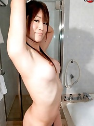 Sexy 23 year old AV actress who loves cosplay