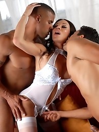 Hot TS Mia Isabella riding a fat cock while giving a blowjob